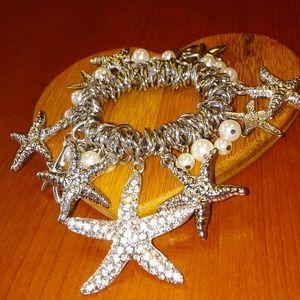 Jewelry - Starfish stretch bracelet